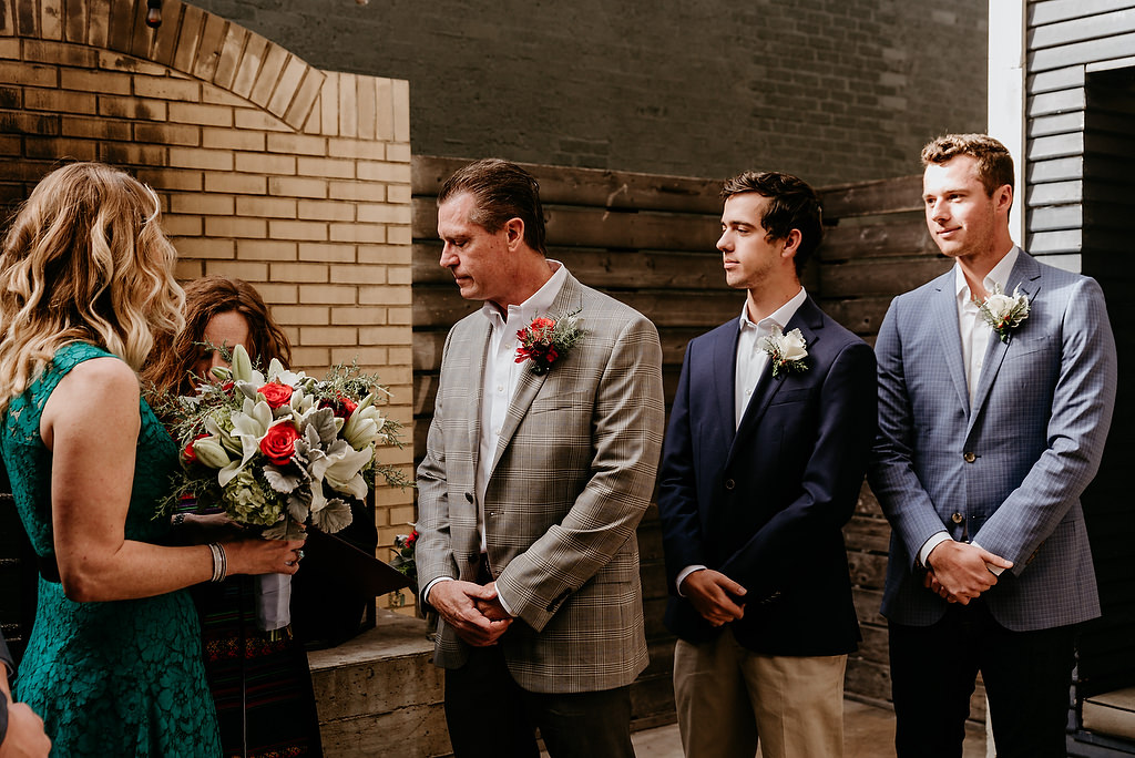 2018-HINGST-WEDDING-042-ANINDOORLADY