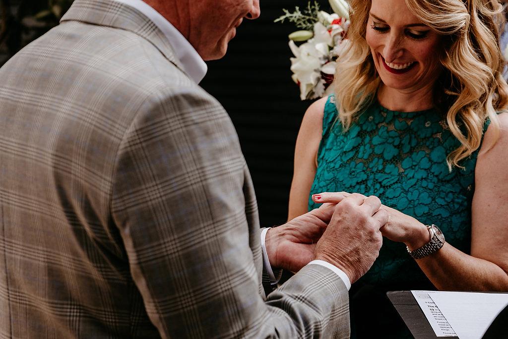 2018-HINGST-WEDDING-060-ANINDOORLADY