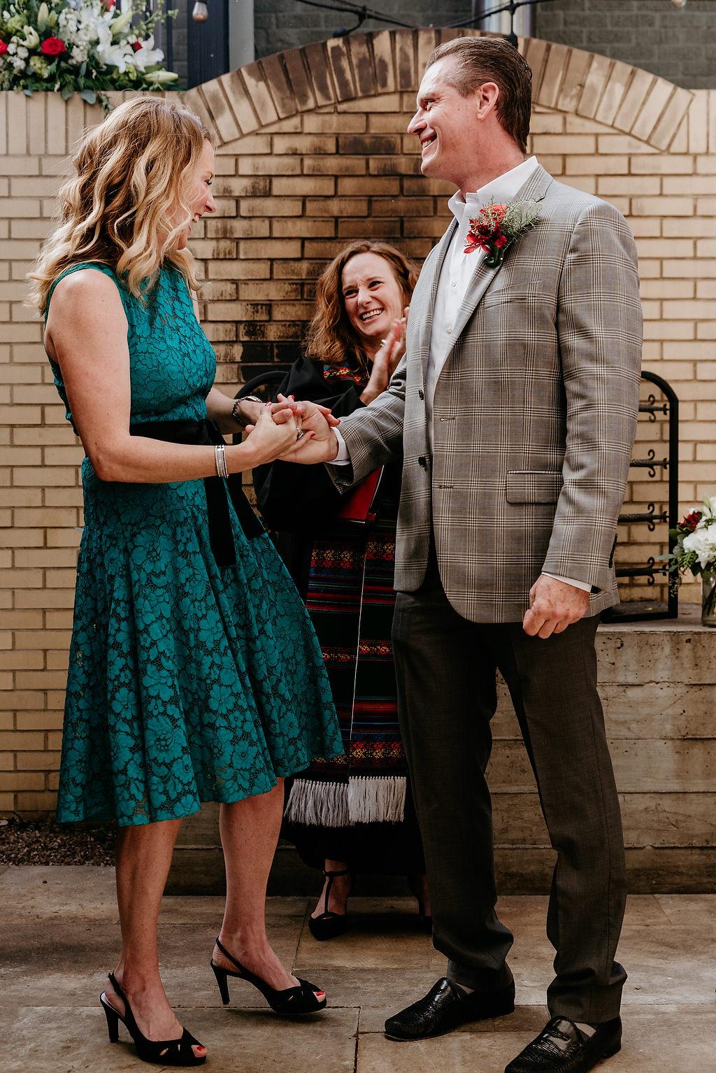 2018-HINGST-WEDDING-073-ANINDOORLADY