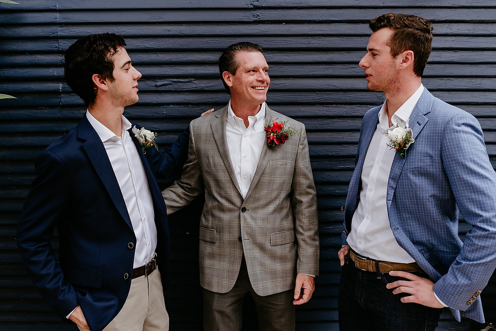 2018-HINGST-WEDDING-099-ANINDOORLADY