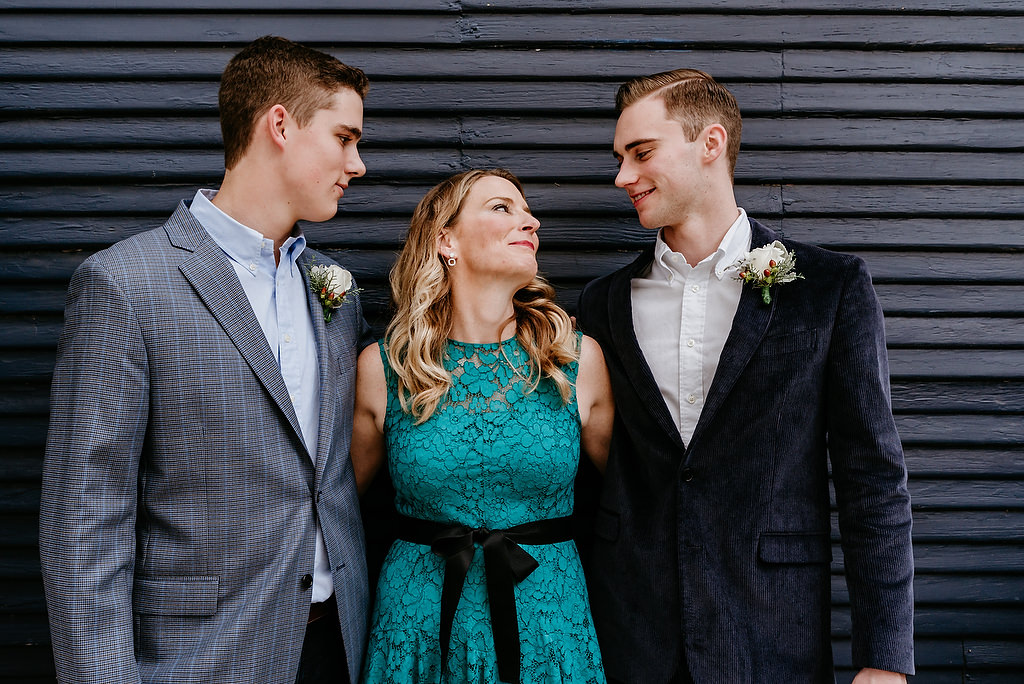 2018-HINGST-WEDDING-108-ANINDOORLADY