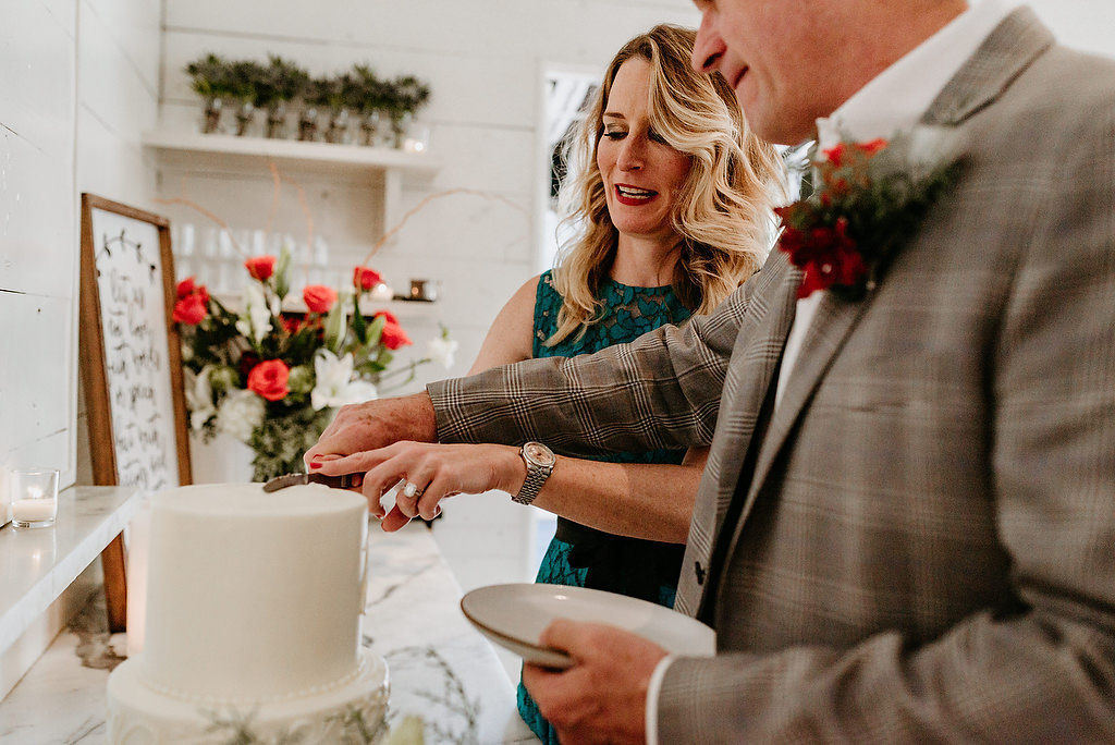 2018-HINGST-WEDDING-277-ANINDOORLADY