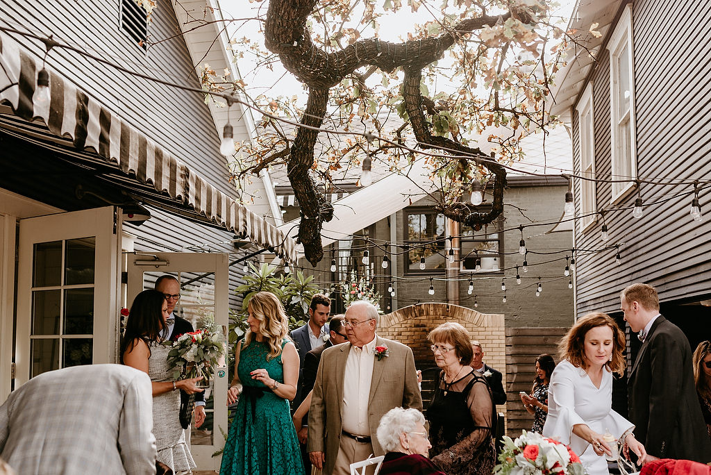 2018-HINGST-WEDDING-303-ANINDOORLADY